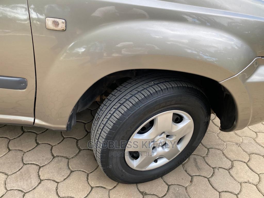 Nissan X-Trail 2004 Silver | Cars for sale in Kinondoni, Dar es Salaam, Tanzania