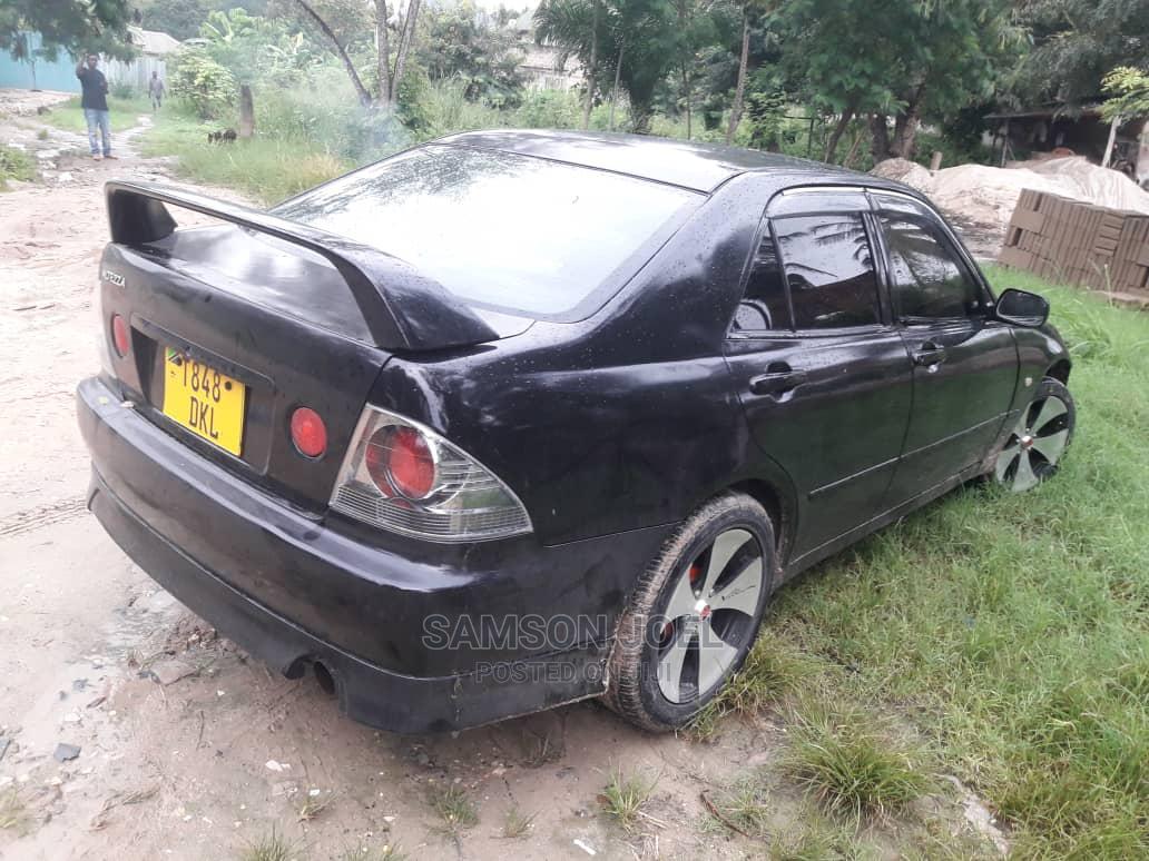 Toyota Altezza 2004 Black