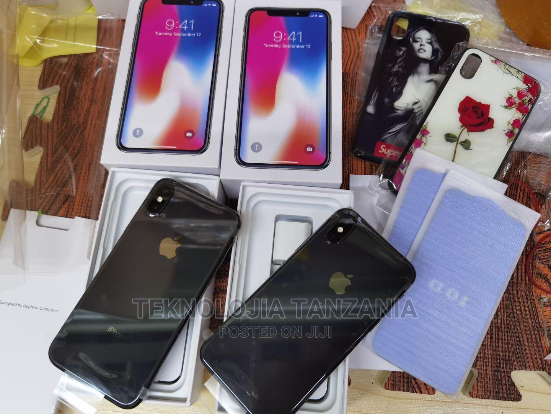 Archive: New Apple iPhone X 256 GB Black