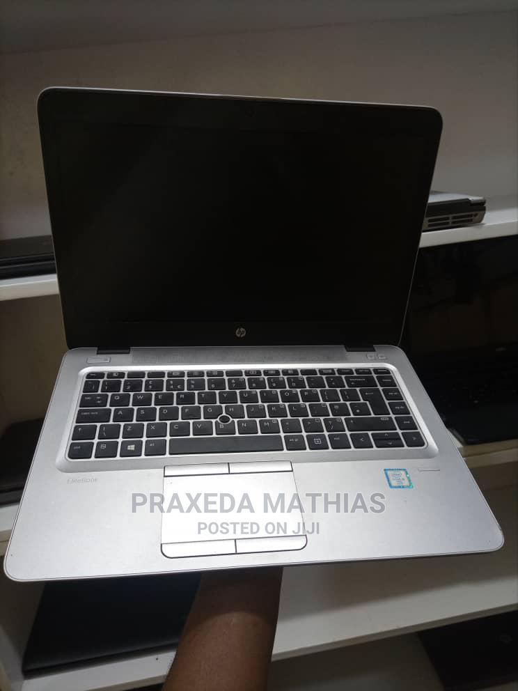 Archive: Laptop HP EliteBook 820 G3 4GB Intel Core I5 HDD 500GB