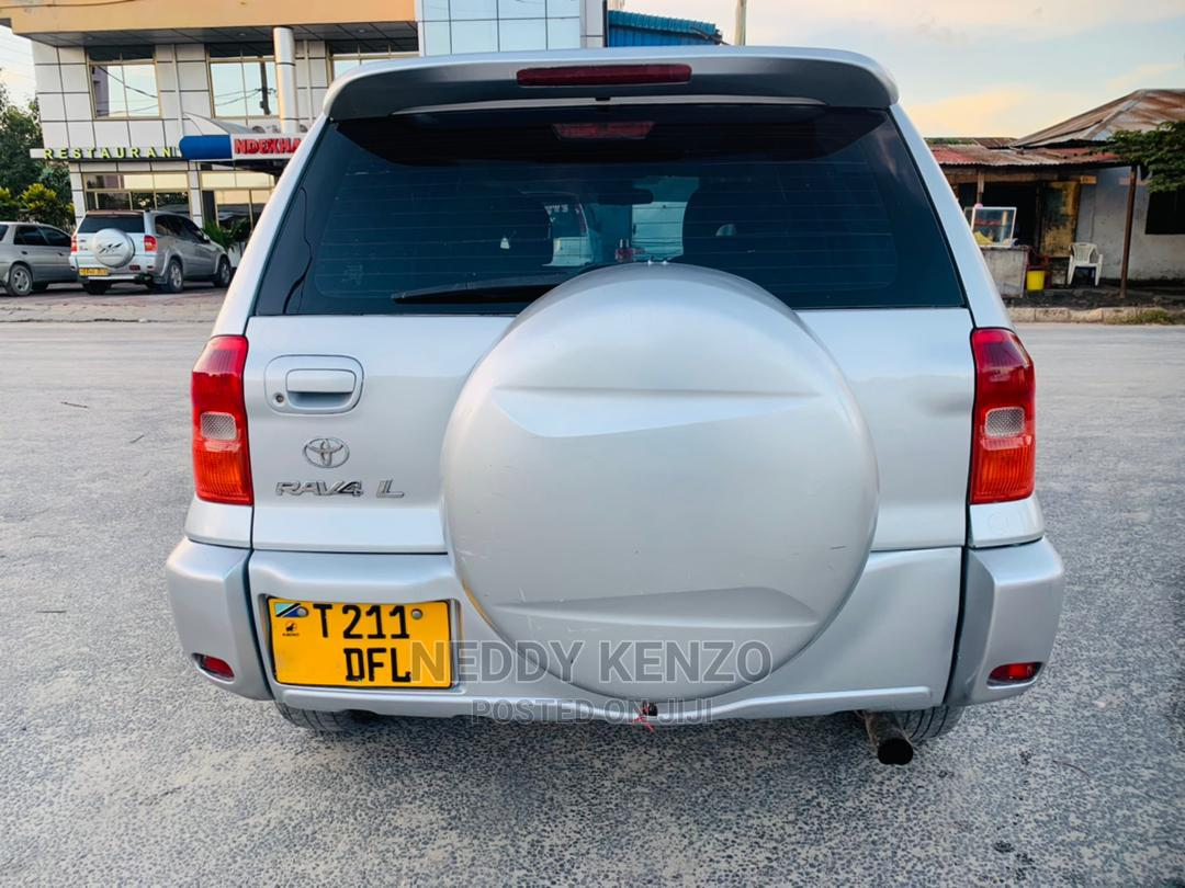 Toyota RAV4 2002 Automatic Silver | Cars for sale in Kinondoni, Dar es Salaam, Tanzania