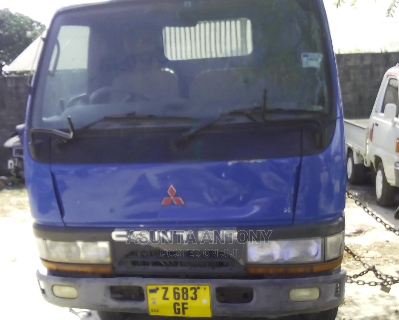 Archive: Mitsubishi Canter 1994 Blue