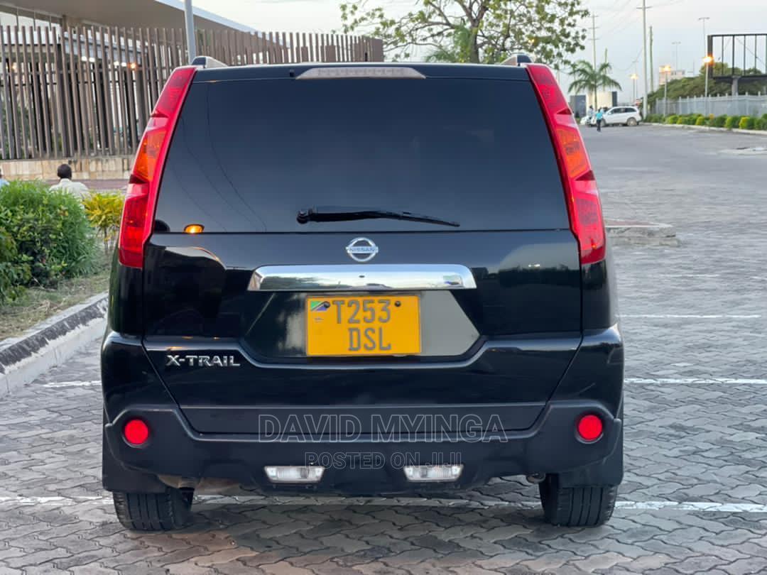 Archive: Nissan X-Trail 2009 Black