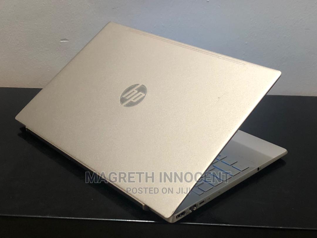 Archive: New Laptop HP Pavilion 15 8GB Intel Core I5 SSD 256GB
