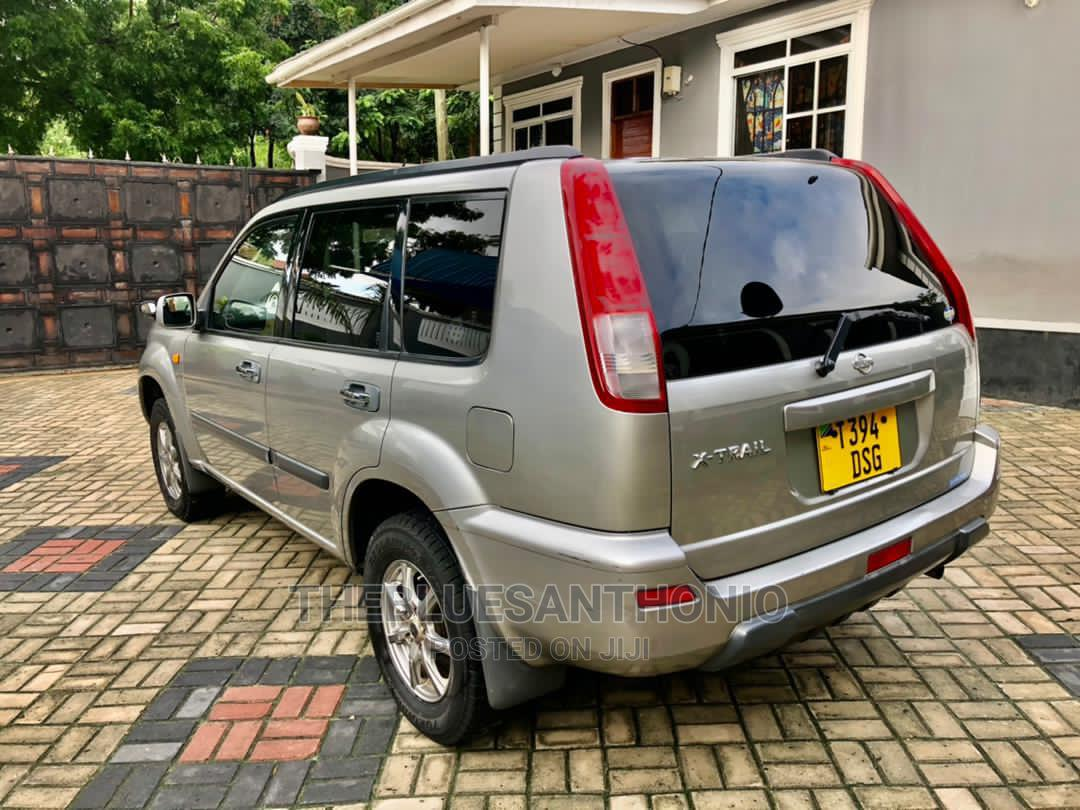 Archive: Nissan X-Trail 2001 Silver