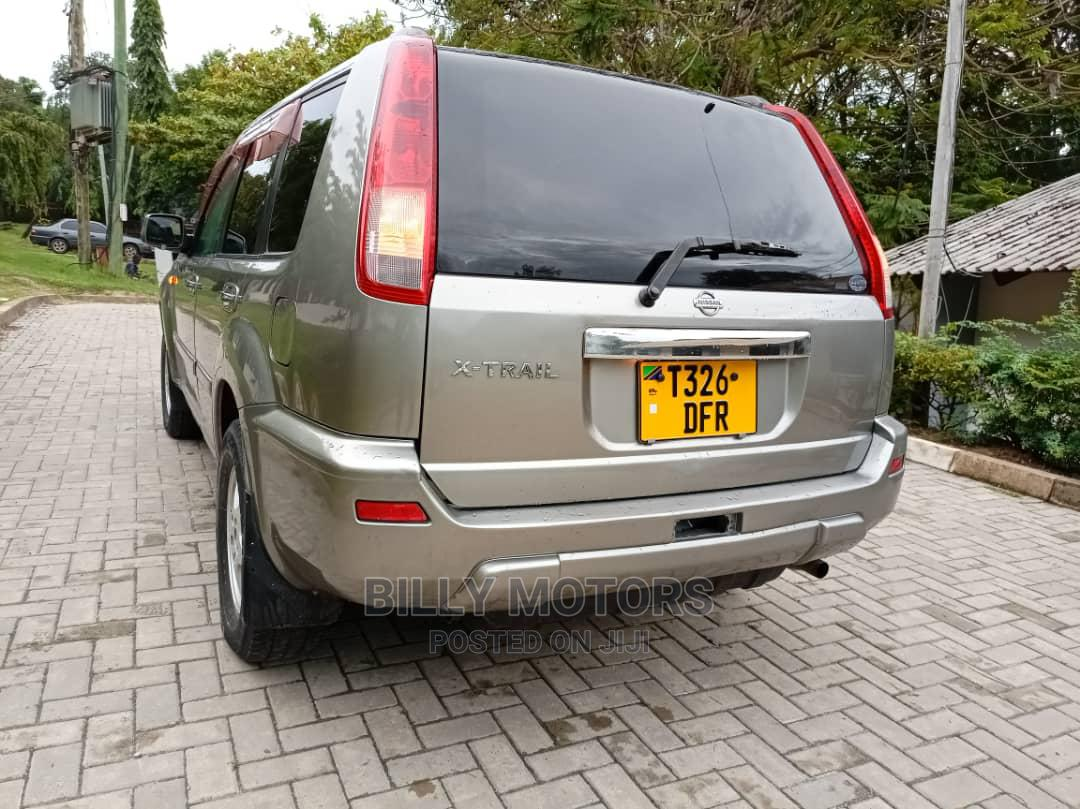 Archive: Nissan X-Trail 2002 Automatic Gray