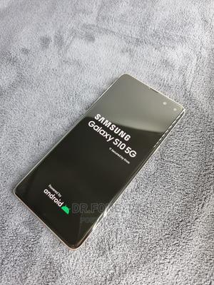 Samsung Galaxy S10 5G 256 GB Black | Mobile Phones for sale in Dar es Salaam, Kinondoni