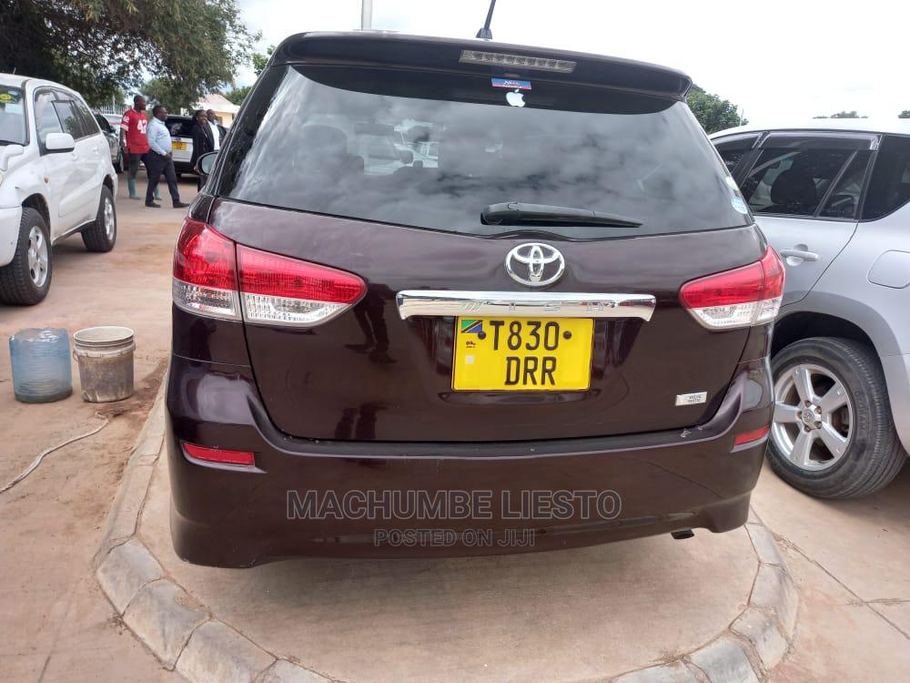 Archive: Toyota Wish 2008 Brown