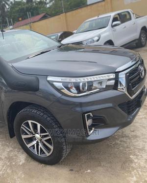 Toyota Hilux 2018 SR5 4x4 Gray | Cars for sale in Dar es Salaam, Kinondoni