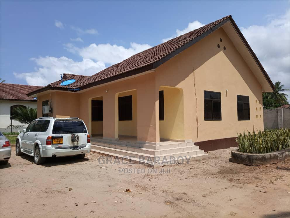 3 Bedrooms House for Sale in House, Kigamboni