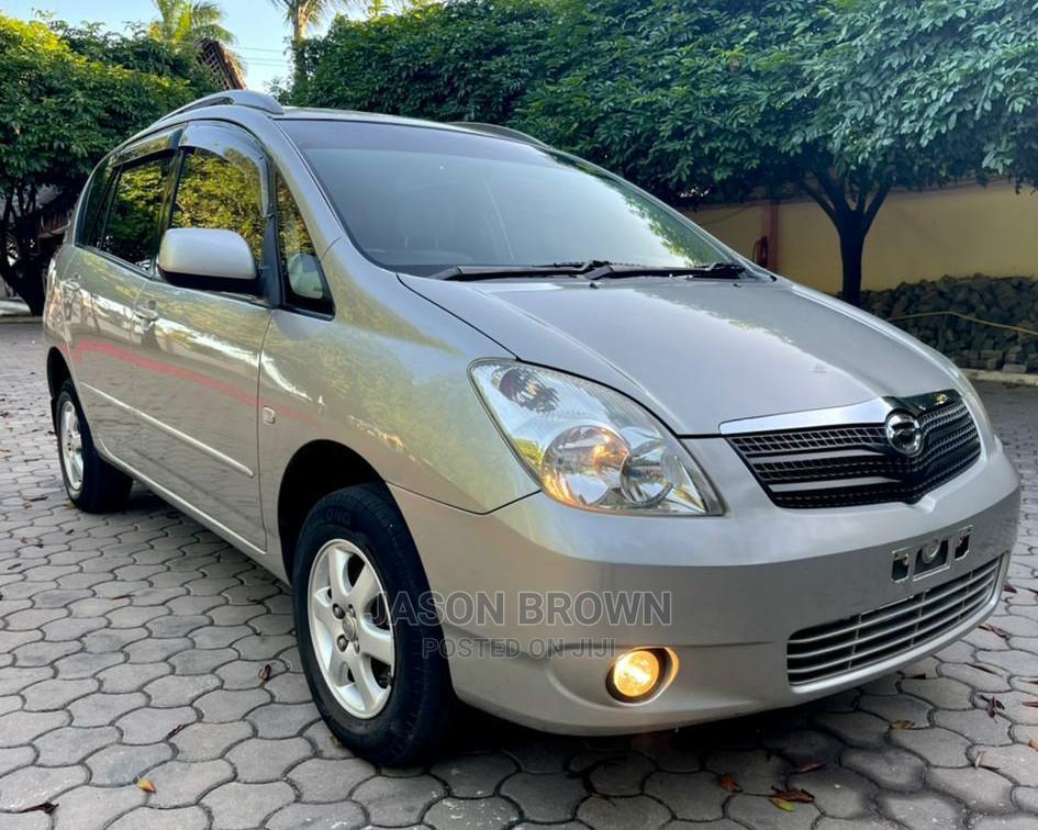 Toyota Corolla Spacio 2003 Silver | Cars for sale in Kinondoni, Dar es Salaam, Tanzania