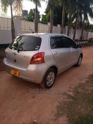 Toyota Vitz 2004 Silver   Cars for sale in Dar es Salaam, Kinondoni