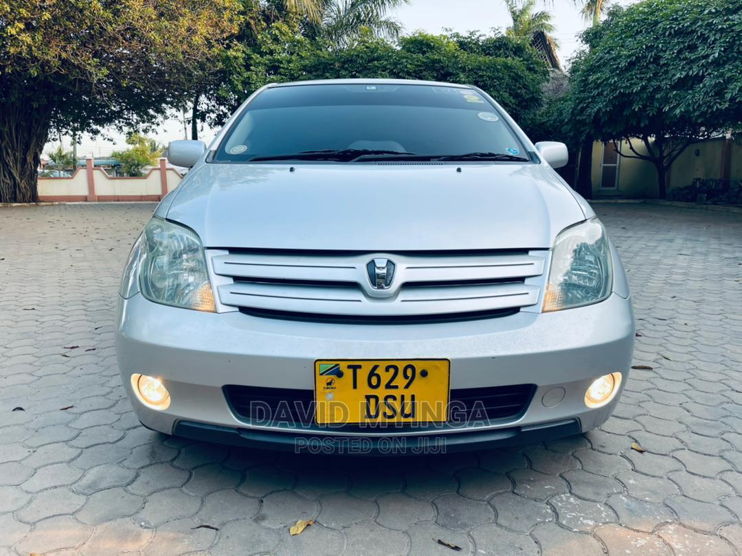 Toyota IST 2002 Silver | Cars for sale in Kinondoni, Dar es Salaam, Tanzania