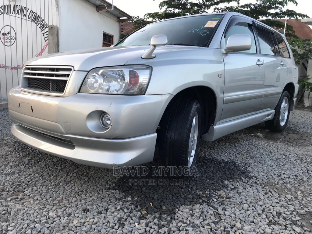 New Toyota Kluger 2004 Silver
