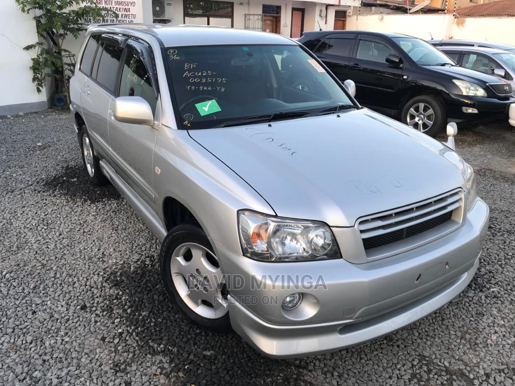 New Toyota Kluger 2004 Silver   Cars for sale in Kinondoni, Dar es Salaam, Tanzania