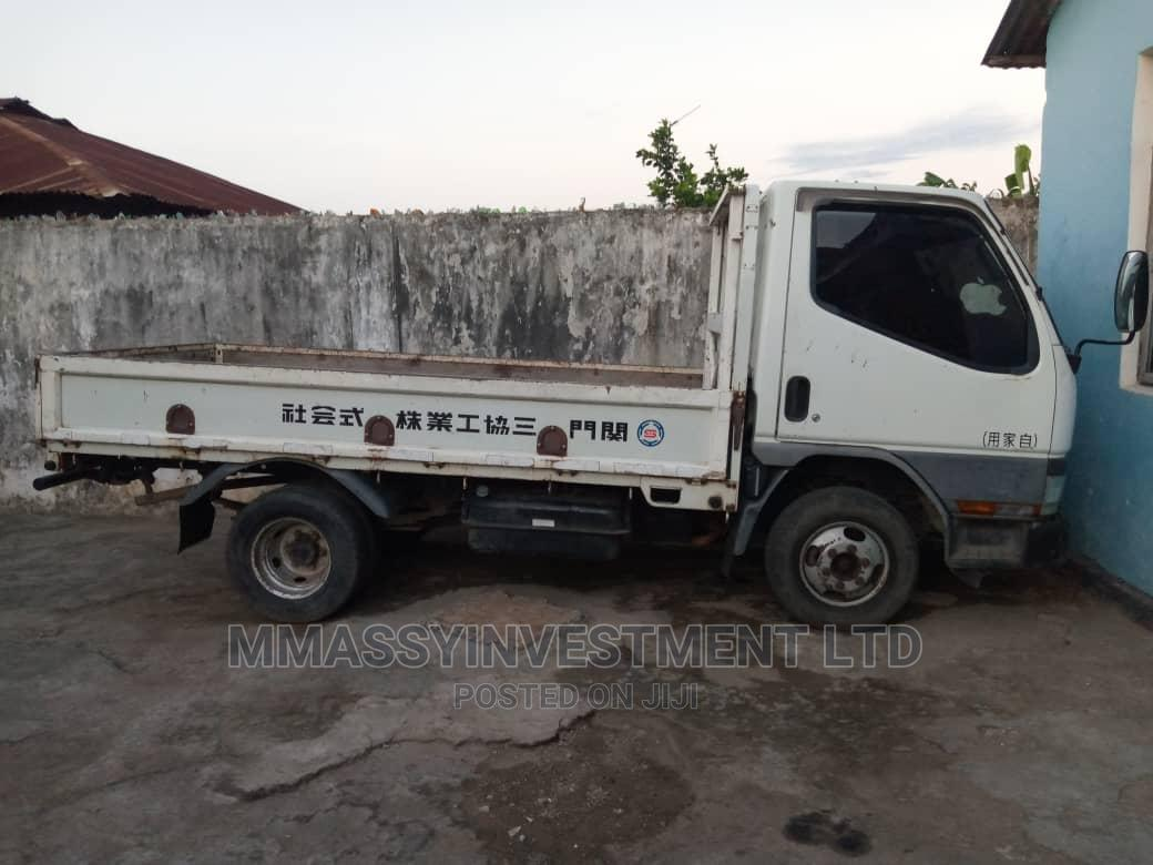 Mitsubishi Canter 2004 White | Trucks & Trailers for sale in Ilala, Dar es Salaam, Tanzania