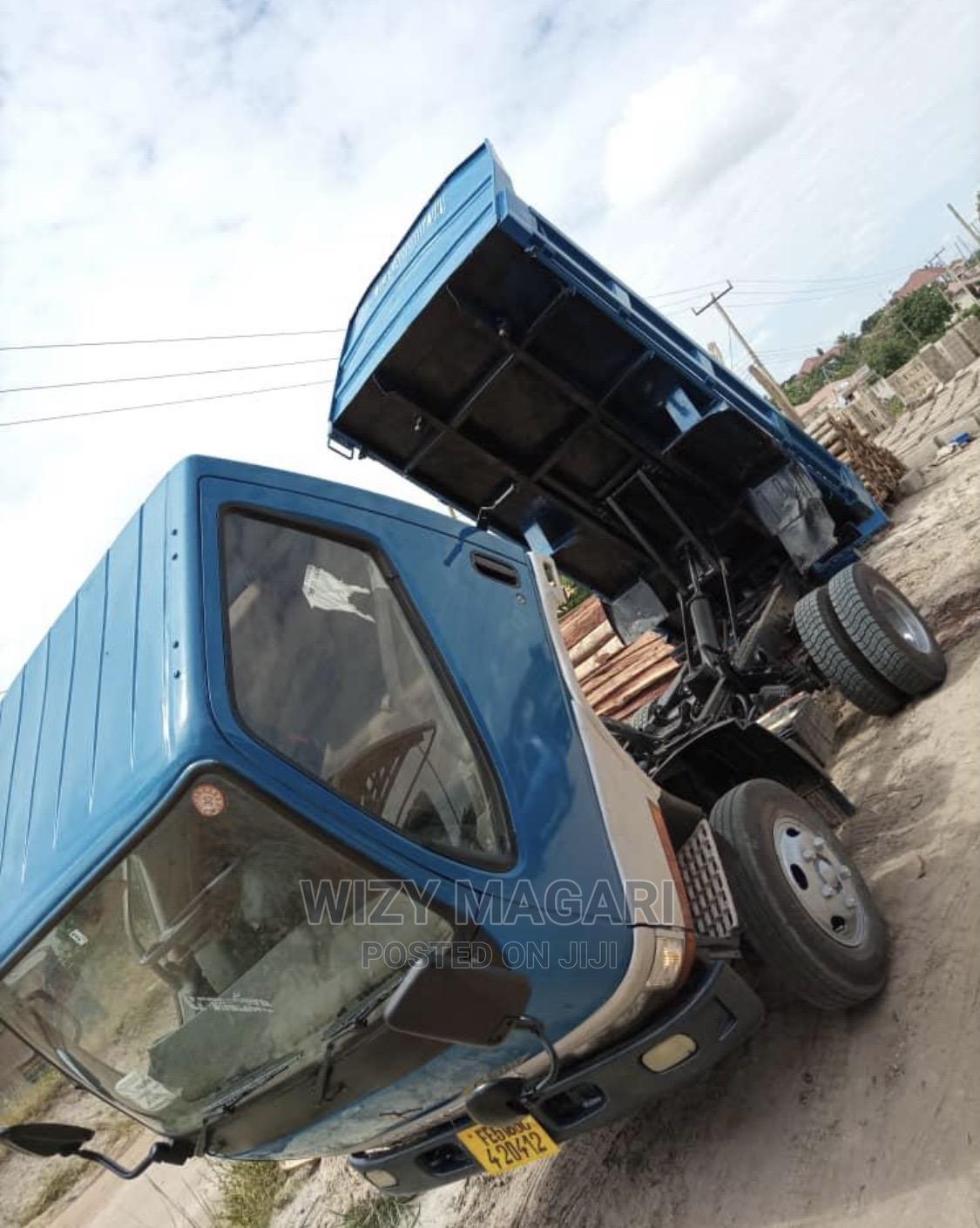 Mitsubishi Canter Tipper | Trucks & Trailers for sale in Kinondoni, Dar es Salaam, Tanzania