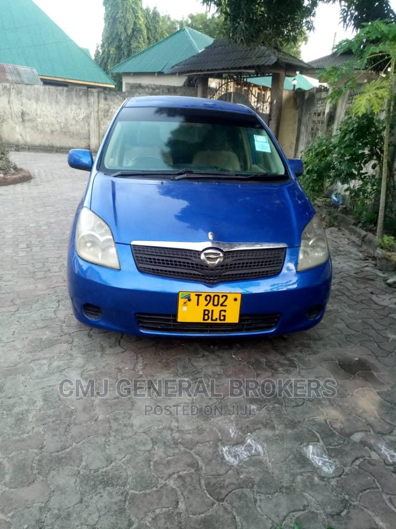 Toyota Corolla Spacio 2000 1.6 (6 Seater) Blue