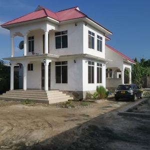 4bdrm House in Kigamboni Houses, Kivukoni for Sale | Houses & Apartments For Sale for sale in Ilala, Kivukoni