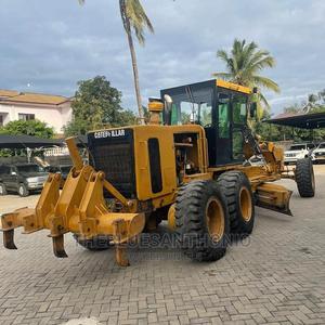 Caterpillar Inauzwaa | Trucks & Trailers for sale in Dar es Salaam, Kinondoni