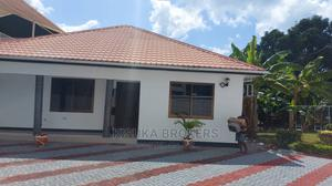 3bdrm House in Near France Embassy, Kinondoni for Rent | Houses & Apartments For Rent for sale in Dar es Salaam, Kinondoni