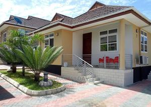 Furnished 2bdrm Townhouse in Africana Apartments, Mbezi for Rent | Houses & Apartments For Rent for sale in Kinondoni, Mbezi