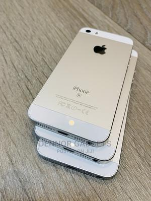 Apple iPhone SE 32 GB Silver | Mobile Phones for sale in Dar es Salaam, Kinondoni