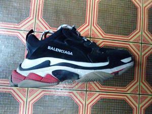 Kimevaliwa Takliban 1week Bado Kipo Pouwa   Shoes for sale in Dar es Salaam, Temeke