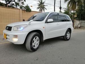 Toyota RAV4 2004 Automatic White | Cars for sale in Dar es Salaam, Kinondoni