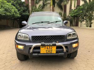Toyota RAV4 2000 Automatic Gray | Cars for sale in Dar es Salaam, Kinondoni
