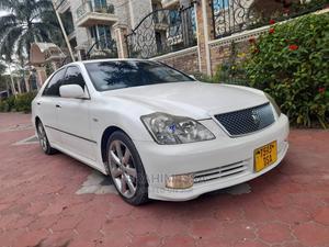 Toyota Crown 2004 Pearl | Cars for sale in Dar es Salaam, Kinondoni