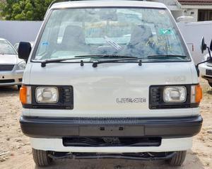 Toyota Lite-ace 1999 White | Trucks & Trailers for sale in Dar es Salaam, Kinondoni