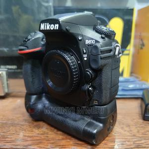 Nikon D810 DSLR Camera (Body Only With Battery Grip) | Accessories & Supplies for Electronics for sale in Dar es Salaam, Kinondoni
