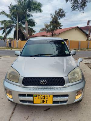 Toyota RAV4 2000 Automatic Silver | Cars for sale in Dar es Salaam, Kinondoni