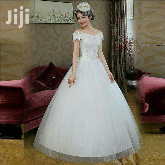 Archive: New Wedding Dress