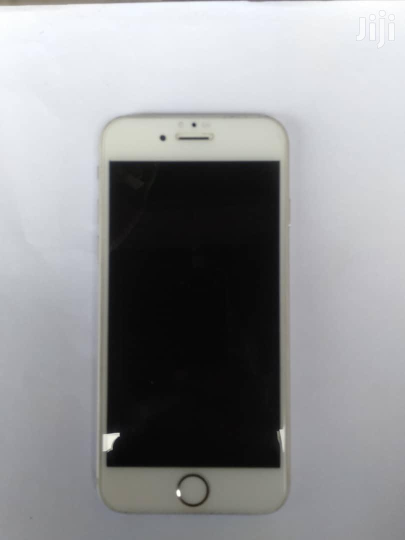 Apple iPhone 6 16 GB White