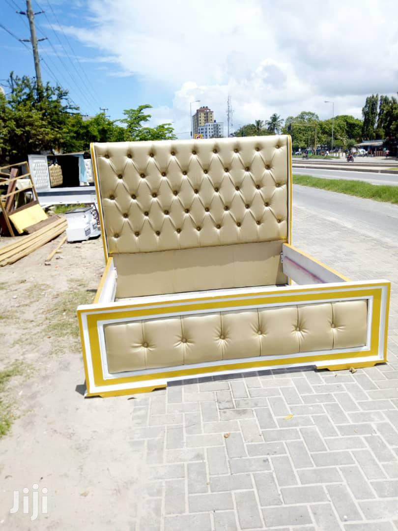 Golden Kings Size Bed 5*6.