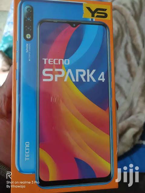 New Tecno Spark 4 32 GB Blue