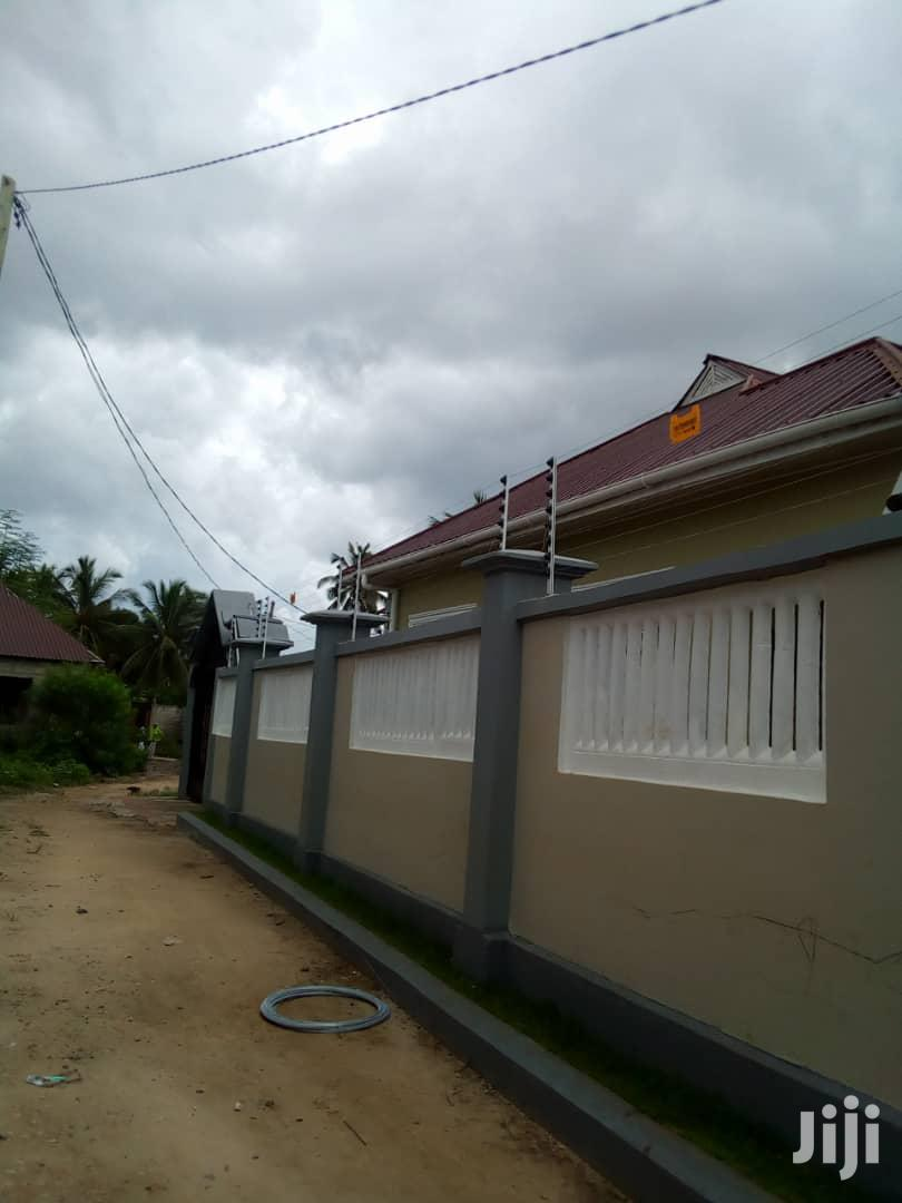 Electric Fence Installation And Repair | Security & Surveillance for sale in Kinondoni, Dar es Salaam, Tanzania