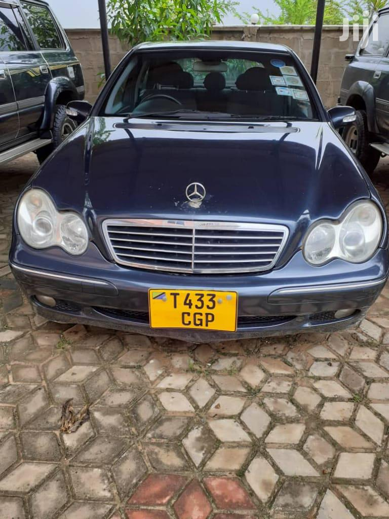 Archive: Mercedes-Benz C200 2003 Black