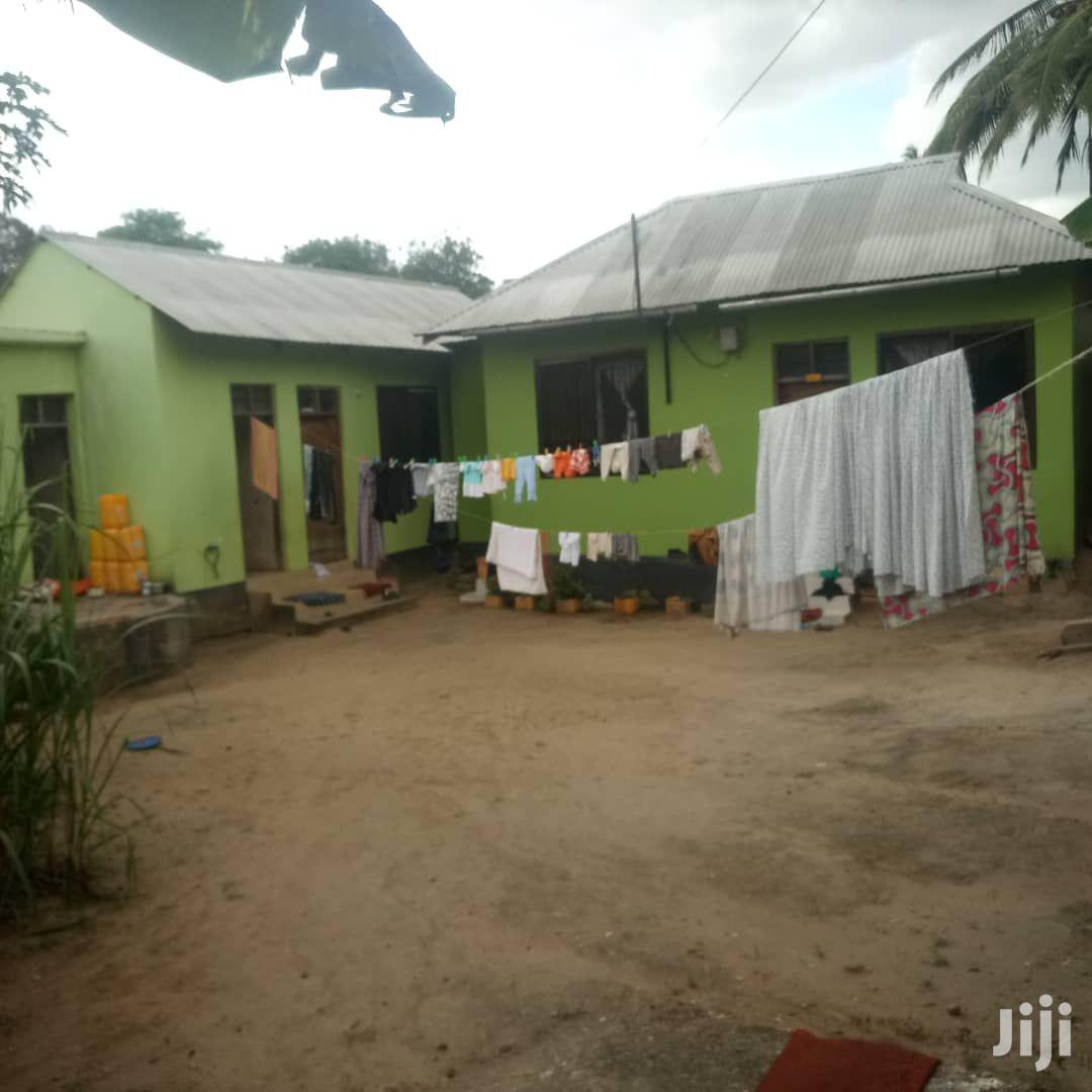 Three Bedroom House In Goba For Sale