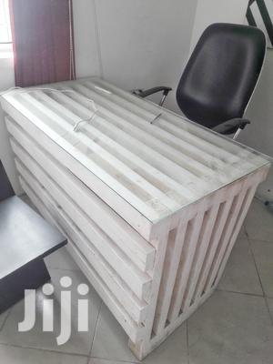 Office Table/Meza Ya Ofisin