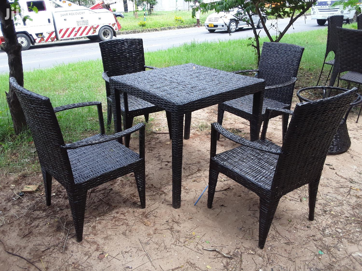 Culture Dinning Table
