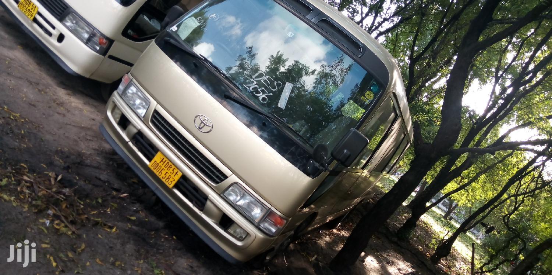 Archive: Toyota Coaster