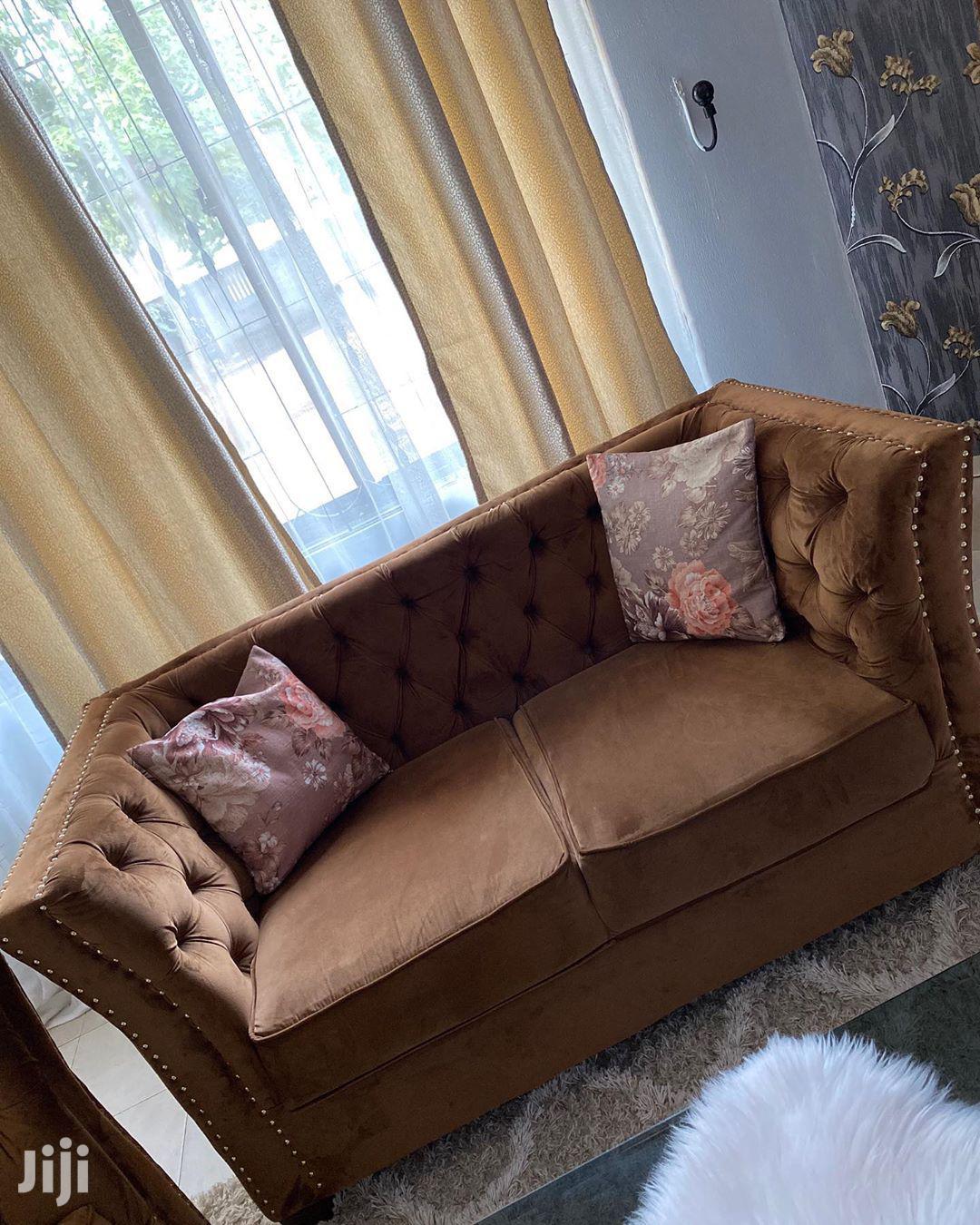 Classic Love Seat