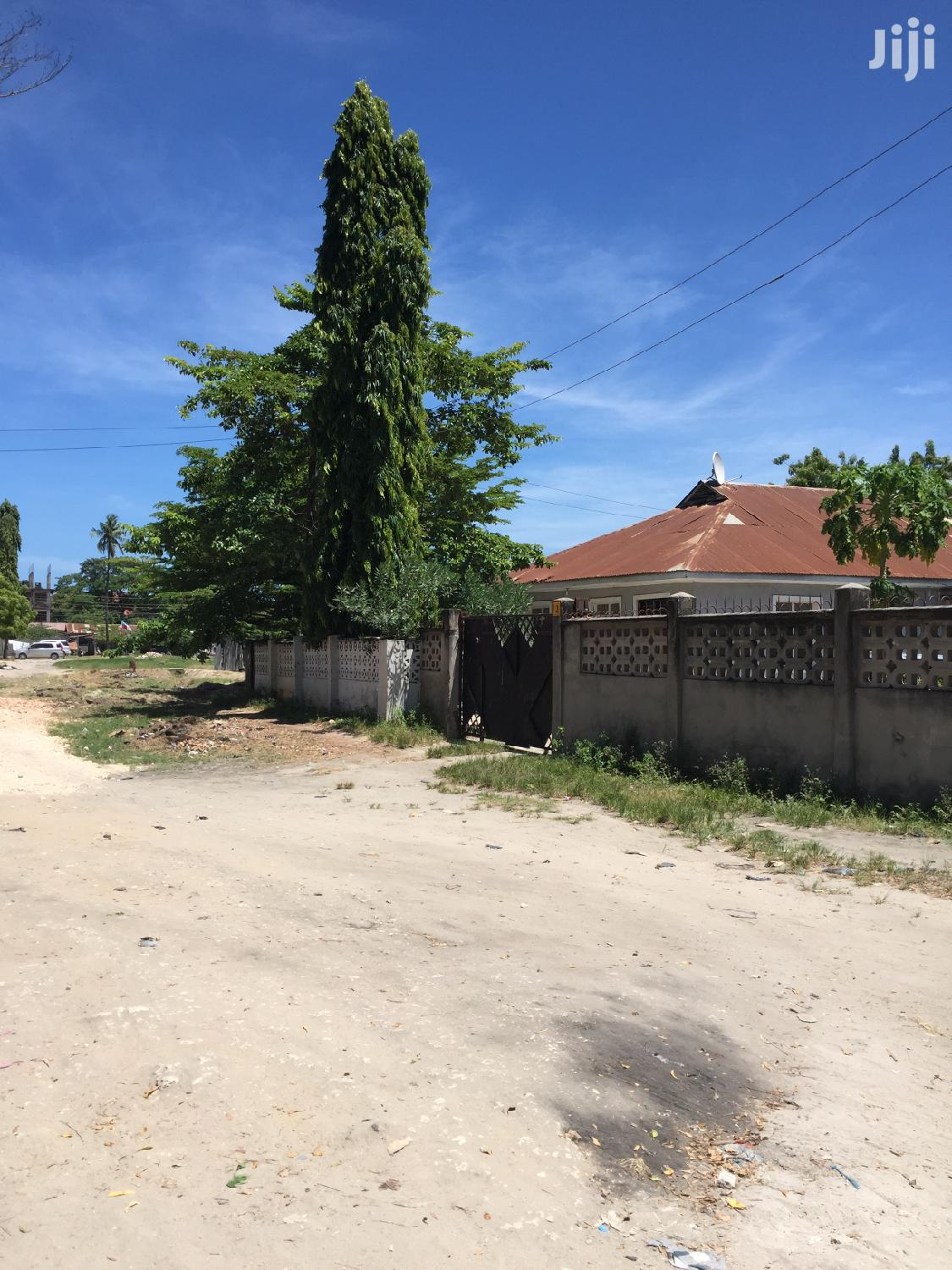 House For Sale Located At Mwananyamala. 2 Houses In One Compound