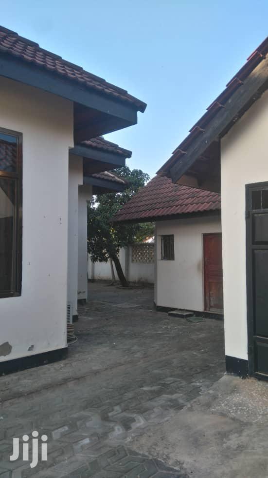 Mbezi Beach Nyumba Ya Kisasa Inauzwa | Houses & Apartments For Sale for sale in Kinondoni, Dar es Salaam, Tanzania