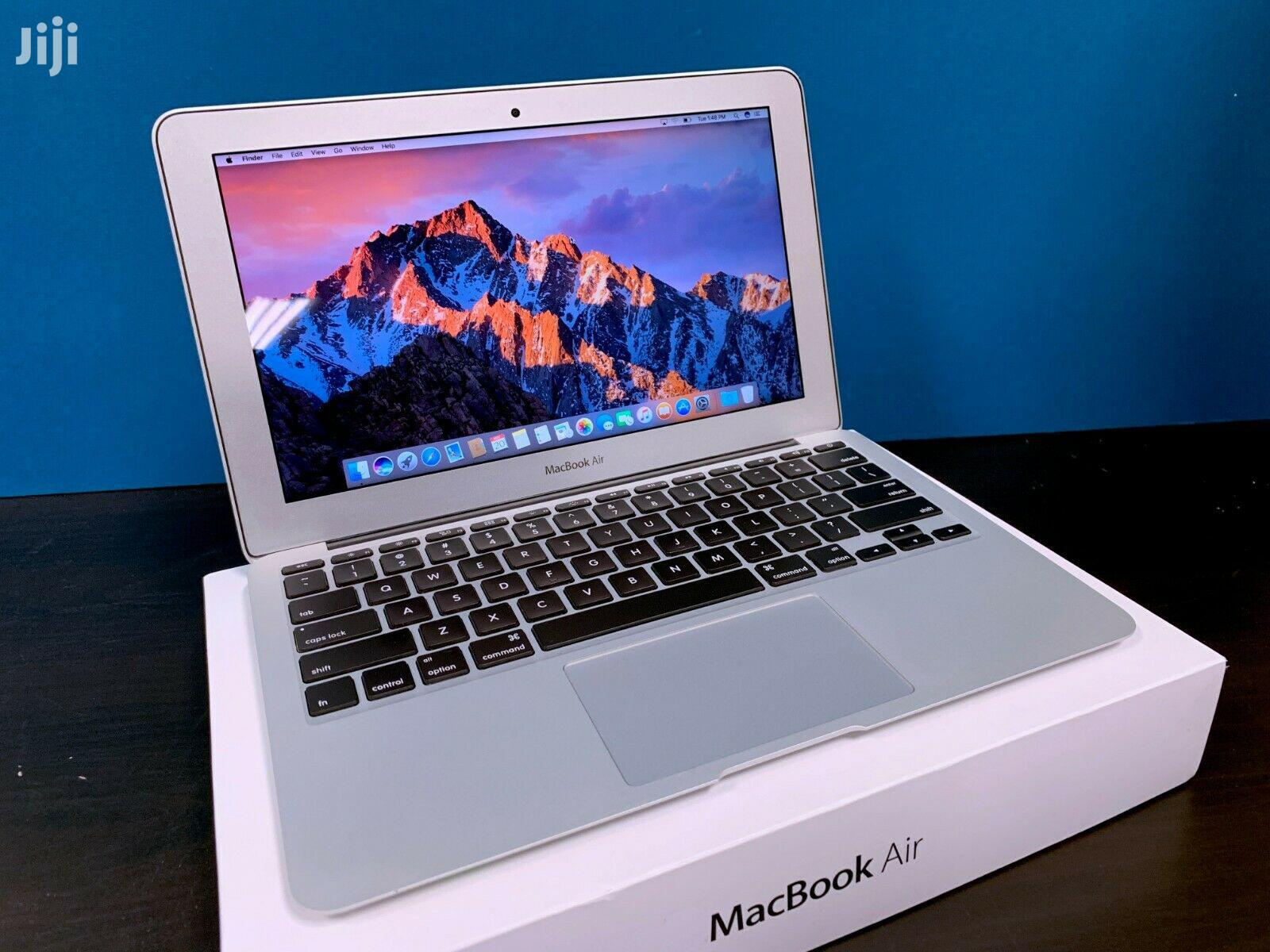 Archive: New Laptop Apple MacBook Air 8GB Intel Core i7 SSD 256GB