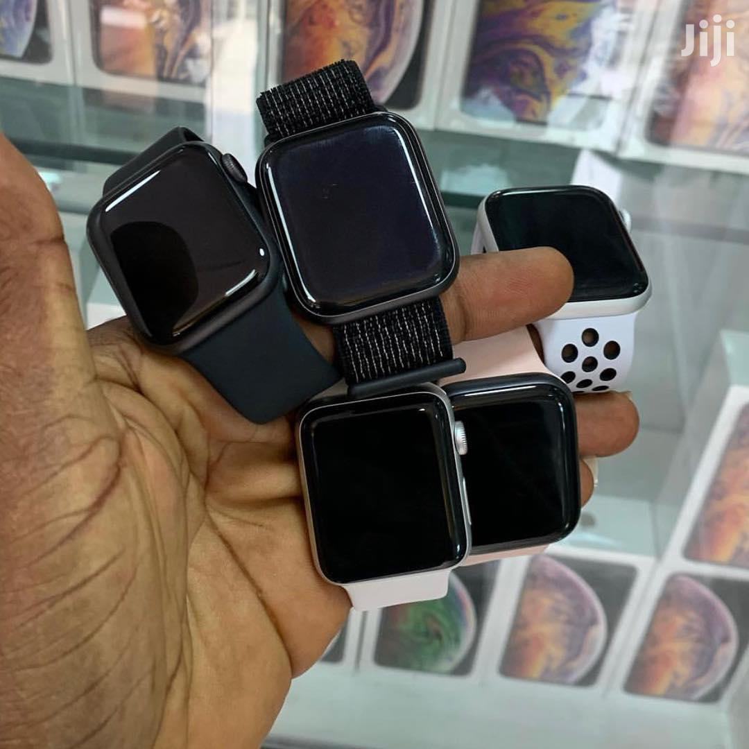 Archive: Iwatch Plus iPhone