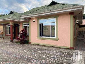 Ina Vyumba3,Master,Sebule,Dinning,Public Toilet Na Parking | Houses & Apartments For Rent for sale in Dar es Salaam, Kinondoni